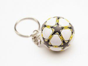 """Брелок футбольный мяч """"Желтый"""""""