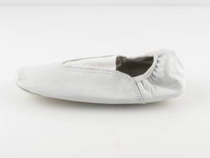 Чешки кожаные со вставками Белые