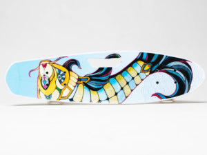 Dragon fish Миниборд с ручкой и светящимися колесами